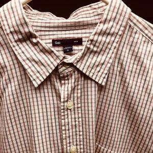 Gap men's shirt xl. Striped